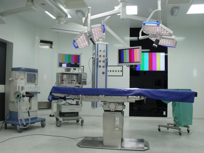 Una delle nuove sale operatorie dell'ospedale di Carpi