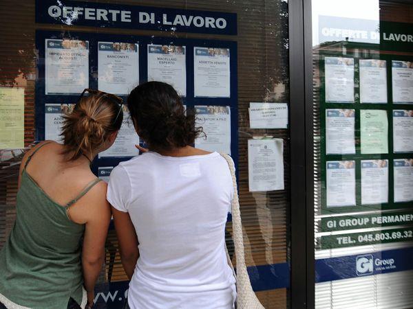 In 9 mesi di attività il progetto Garanzia giovani ha registrato in Emilia-Romagna 36mila adesioni, 25mila registrazioni e 16 profiling attivati ma zero nuvoi contratti di lavoro creati.