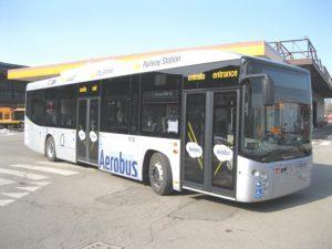 Il BLQ, l'aerobus che collega la stazione di Bologna con l'aeroporto Marconi