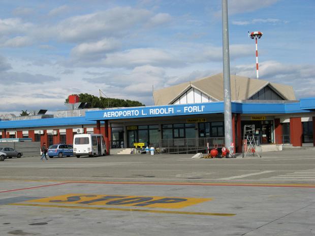 Ancora nessuna certezza sul futuro dei lavoratori dell'aeroporto di Forlì