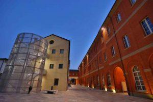 La mostra dovrebbe trovare spazio all'interno dei locali della Manifattura Tabacchi a Modena
